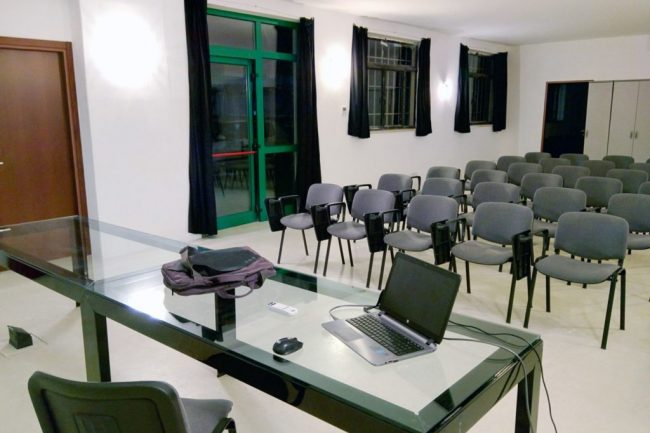 9.sala-conferenze-fablab-verona-1024x760