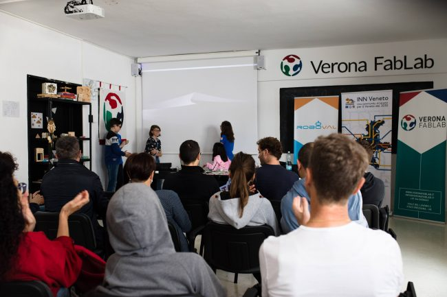 sala conferenze_verona_fablab_2